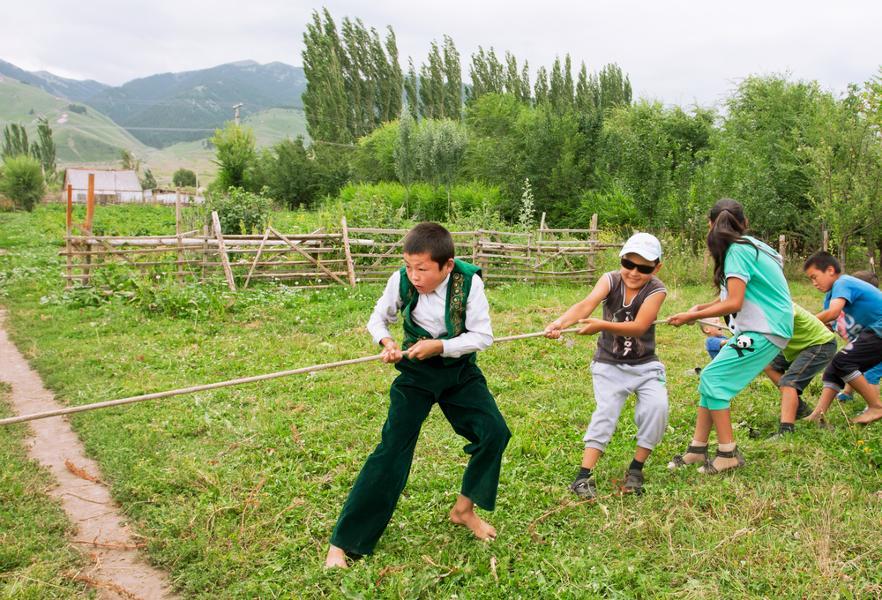 Voyager avec des enfants au kirghizistan