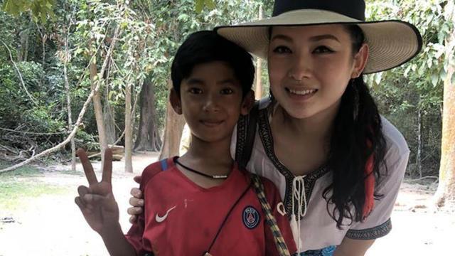 Le jeune polyglotte de 14 ans, Salik Tuch, fait parler de lui dans le monde entier !