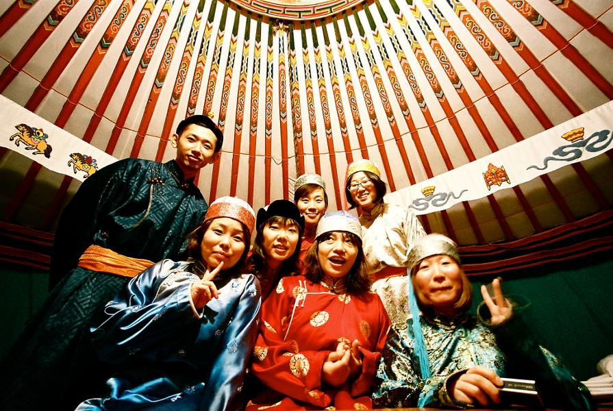 Les vêtements traditionnels de Mongolie