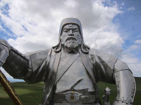Que faire autour de la Statue équestre de Gengis Khan ?